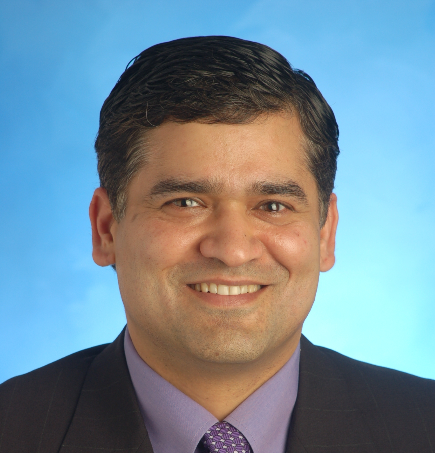 akhil jpg akhil wadhera m d is a very accomplished engineer and physician currently a senior physician at the kaiser permanente in fremont california